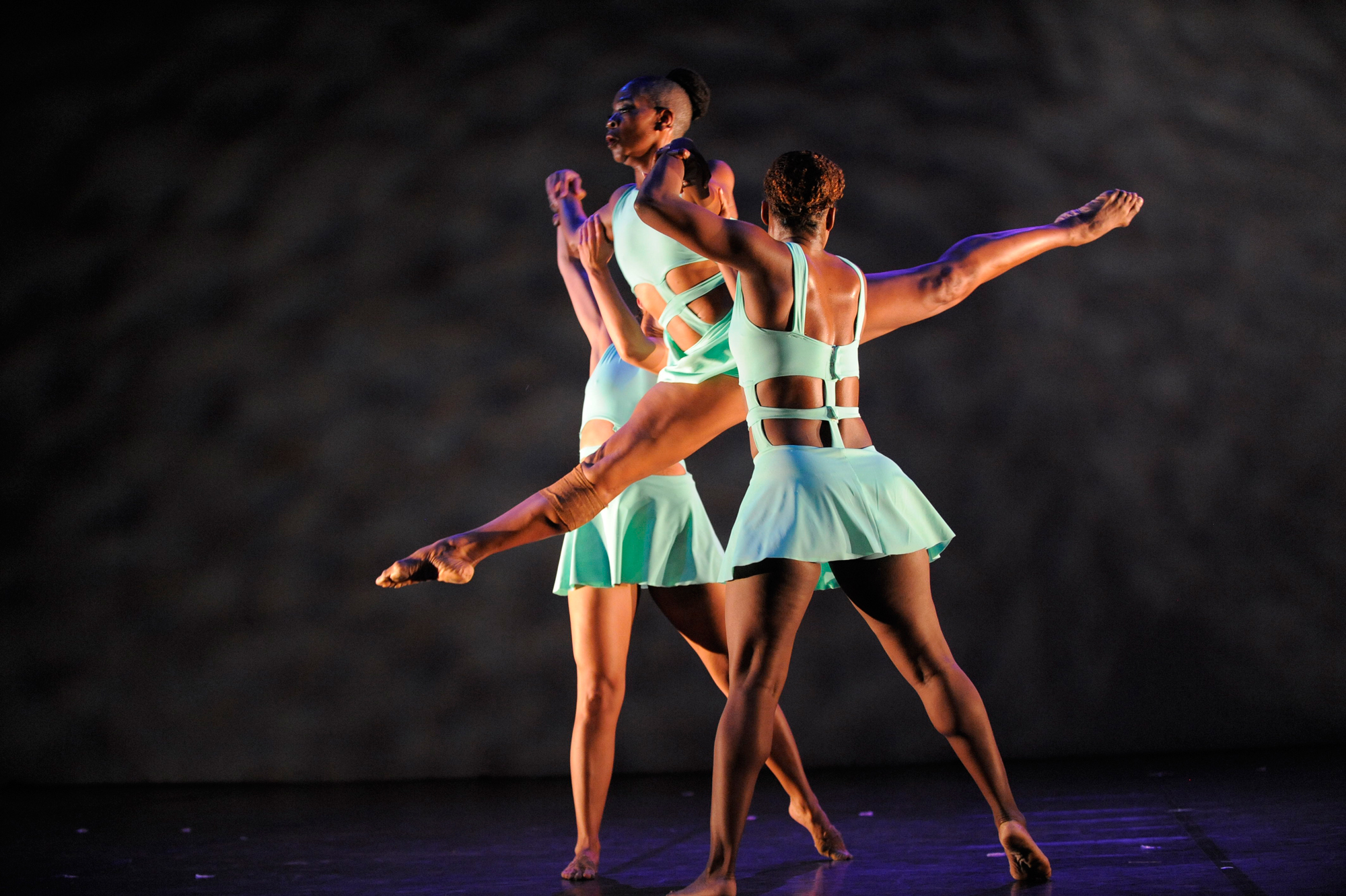 """Deeply Rooted Dance Theater's """"Surrender"""" (Photo courtesy of Deeply Rooted Dance Theater)"""