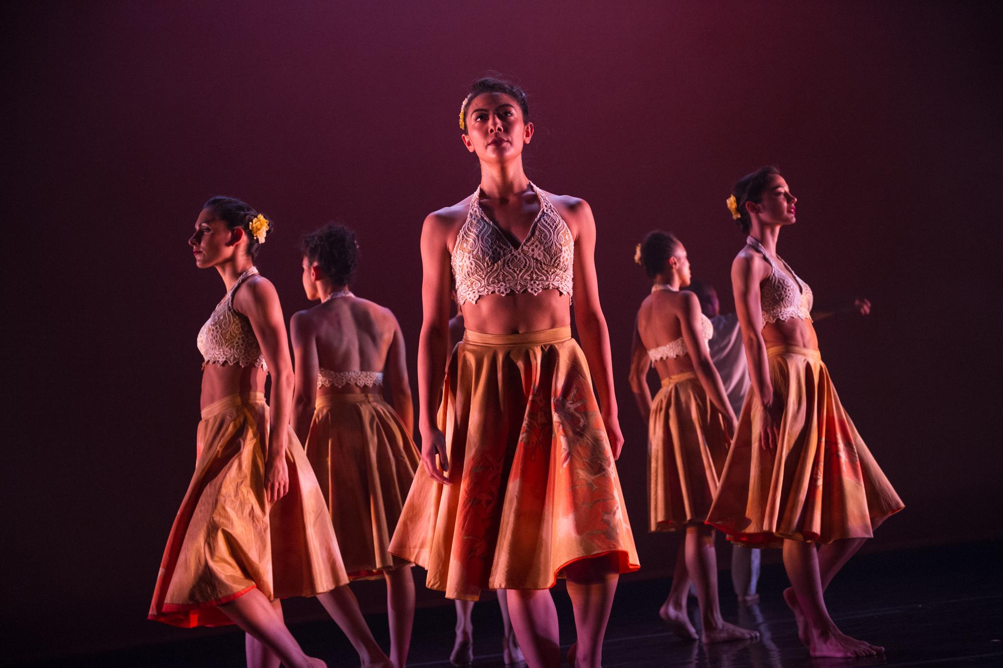 "Ballet Hispánico's ""Con Brazos Abiertos"" (Photo by Paula Lobo)"
