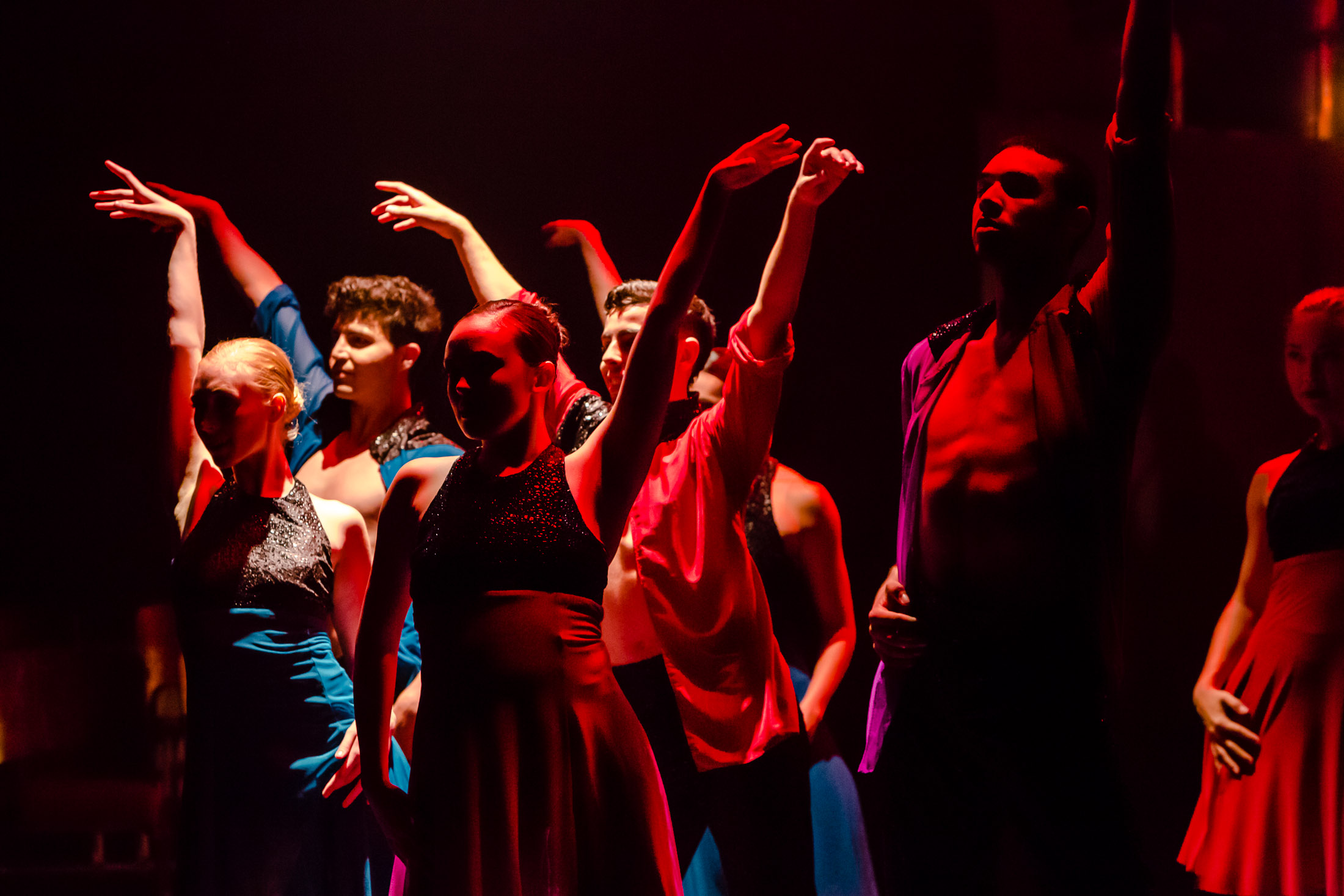 "Cerqua Rivera Dance Theatre in Sherry Zunker's ""Between Us"" (Photo by Dan Kasberger)"