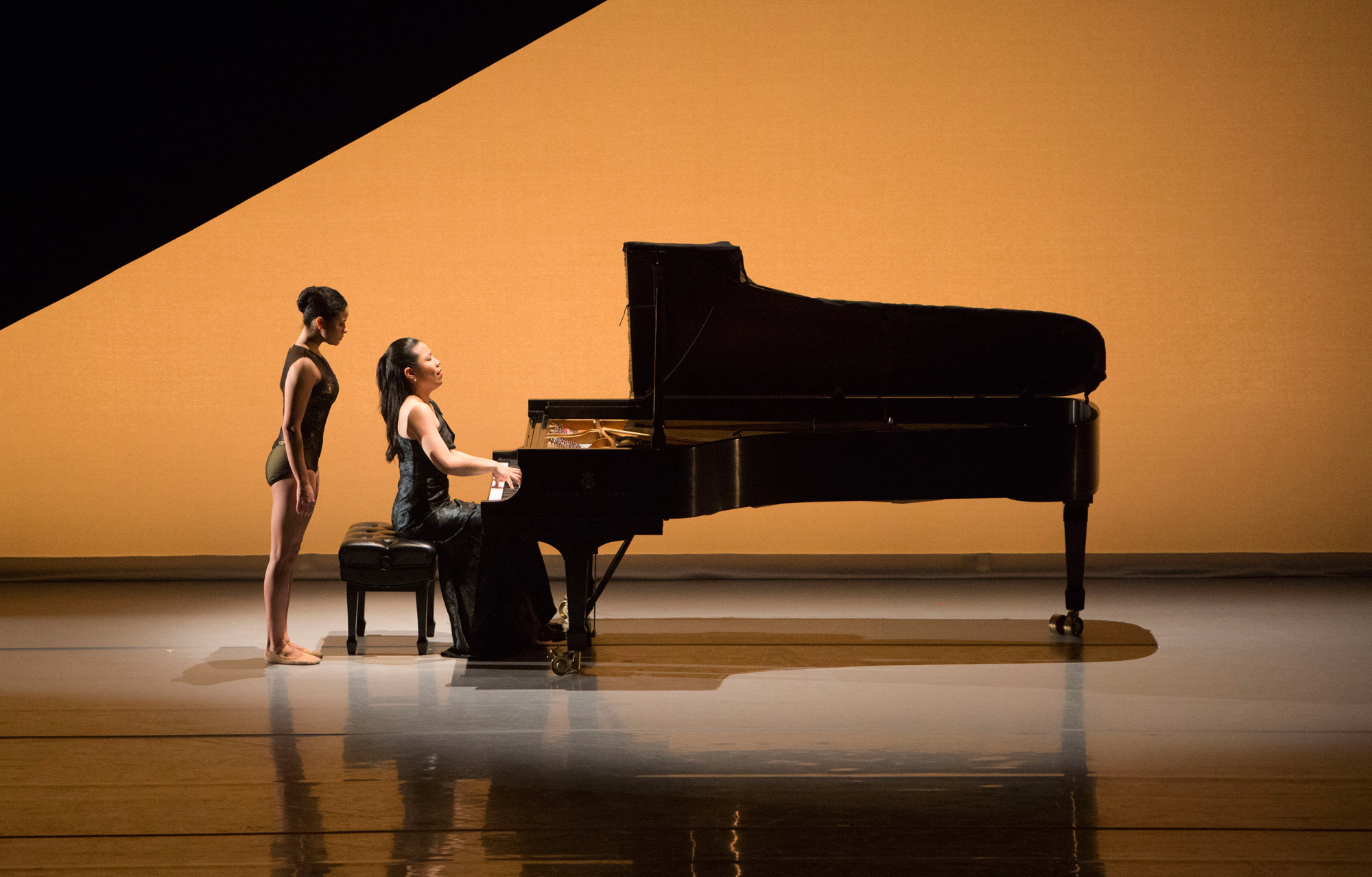 Aspen Santa Fe Ballet (Photo by Rose Eichenbaum)