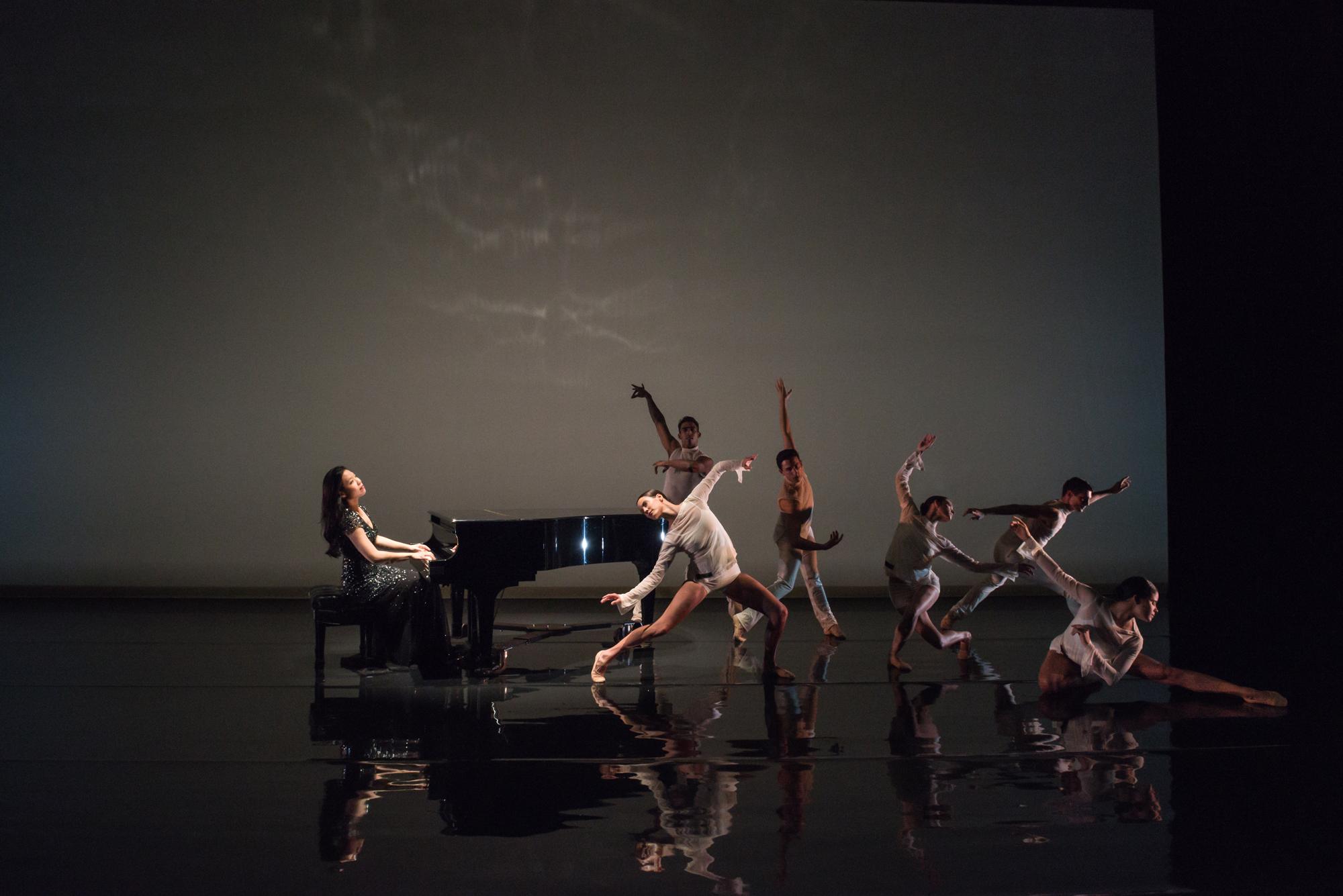 Joyce Yang and Aspen Santa Fe Ballet (Photo by Michelle Cardamone)
